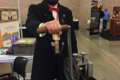 1-Lincoln_rolling_Lincoln