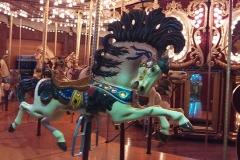 seattle_carouse_lead_horse